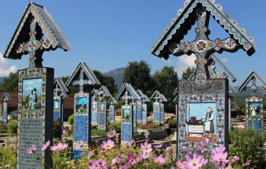Le cimetière joyeux de Sapanta