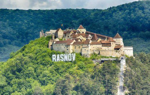 La citadelle de Raşnov