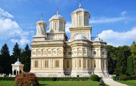 Le monastère de Curtea de Arges