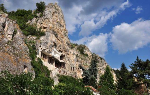 Le Monastère rupestre Bassarbovski